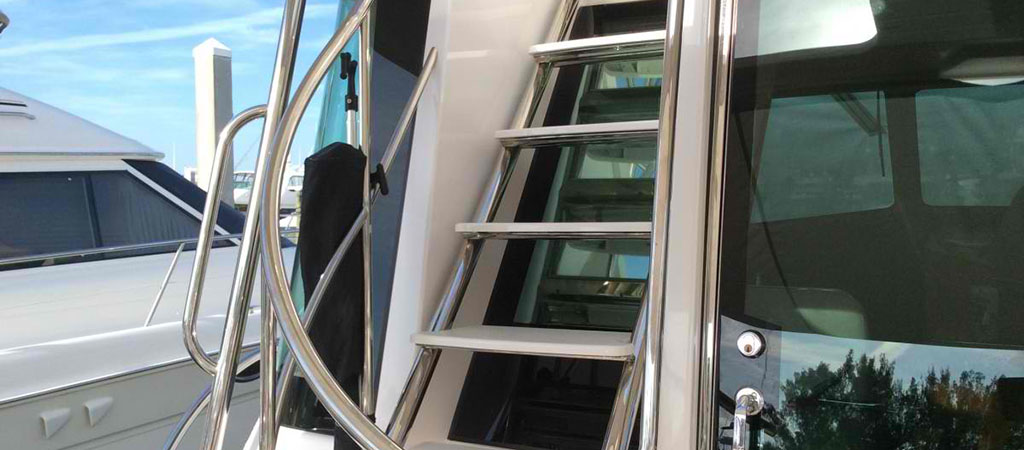 Bring Out the Superior Look in Your Boat with Yacht Window Tint