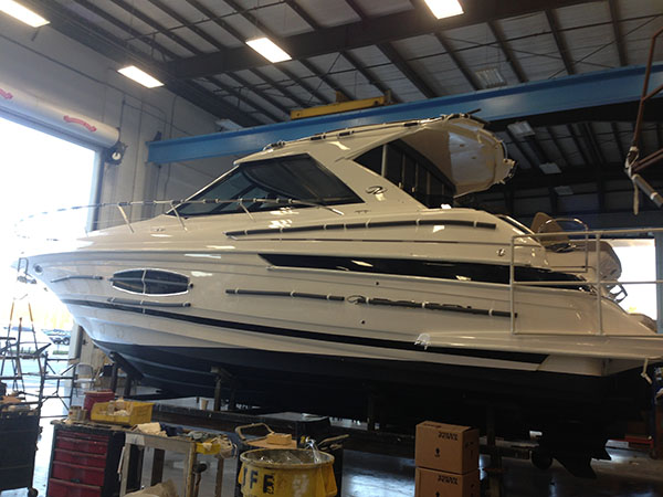 How Does Yacht Window Tint Help in Heat Reduction?